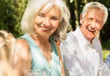 Opieka nad seniorami – charakterystyka zawodu